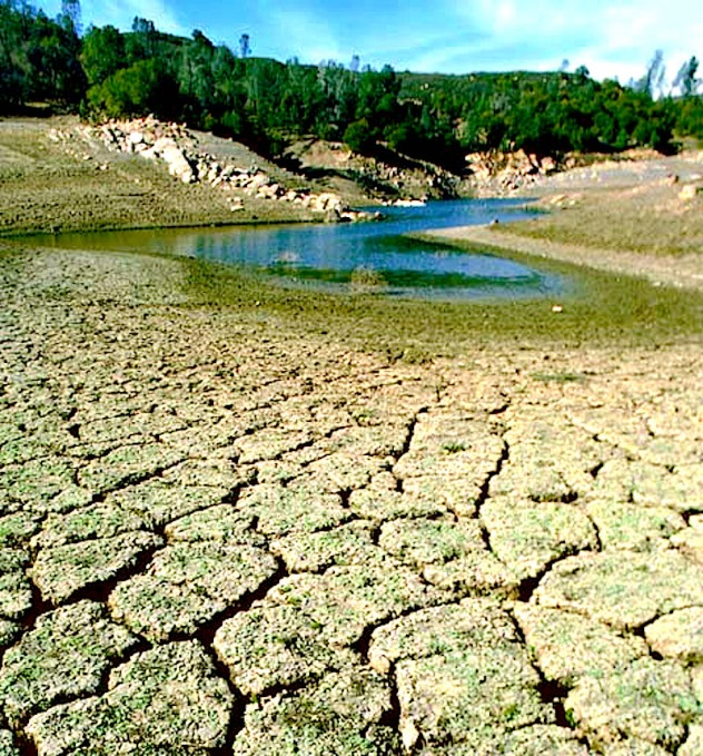 N.E. Brésil : la plus grande sécheresse en décennies - http://www.hispanicallyspeakingnews.com/uploads/images/article-images/brazil_drought.jpg