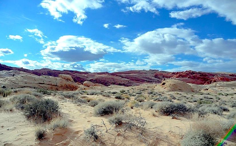 http://pixabay.com/static/uploads/photo/2013/08/25/00/04/desert-175462_640.jpg